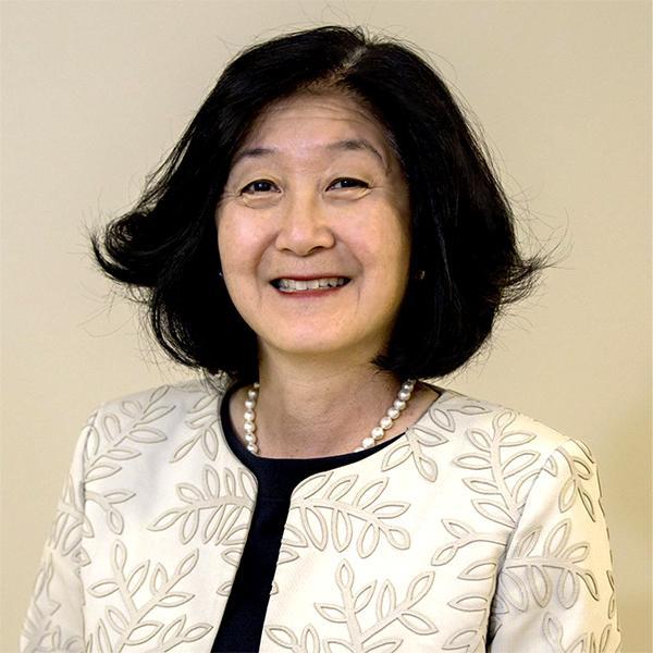 Gloria Kim